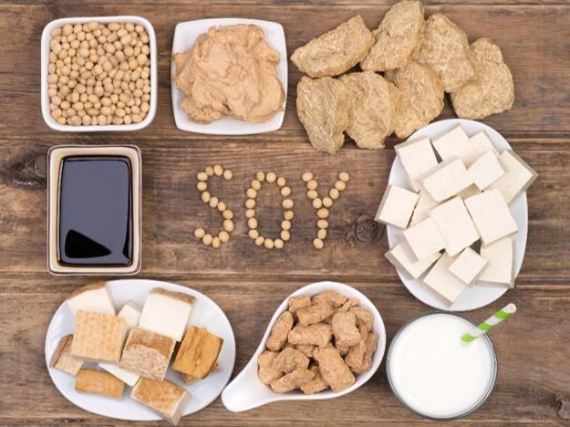 禁忌事項 大豆アレルギーの方は治療不可メソセラピーには「レシチン」という、大豆アレルギーの方が反応する成分と同じものが入っている為、大豆製品にアレルギー症状が現れる方には治療をお断りしております。